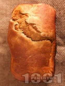 Домашен хляб с меласа за хлебопекарна - снимка на рецептата